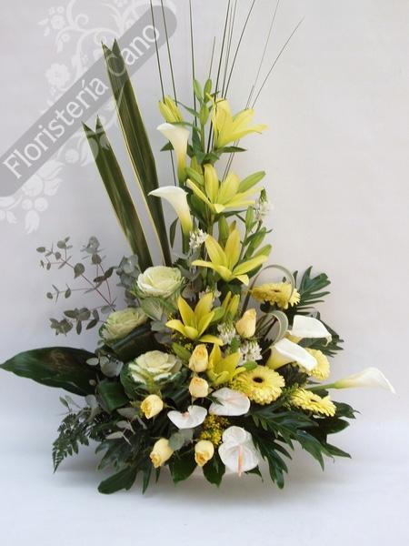 Centros de flores artificiales car interior design - Hacer un centro de flores ...